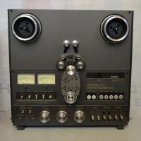 Катушечный магнитофон TECHNICS RS-1700